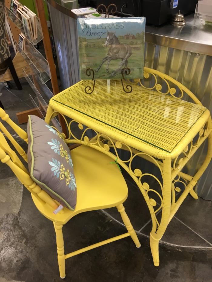 Furniture Consignment Photos