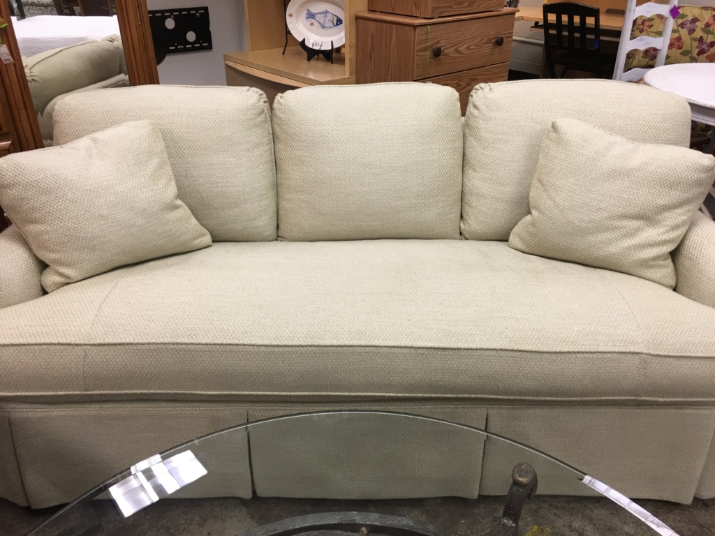 Sectional Sofas Louisville Ky Eyedia Shop Eyedia Shop  : Cream Sofa Couch Furniture in Louisville KY 1024x768 from honansantiques.com size 1024 x 768 jpeg 561kB