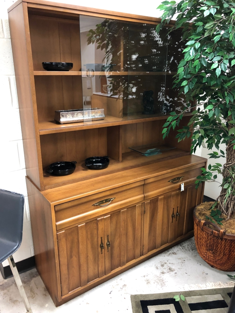 Mid Century China Cabinet New And Consignment Furniture For Eyedia Louisville Ky