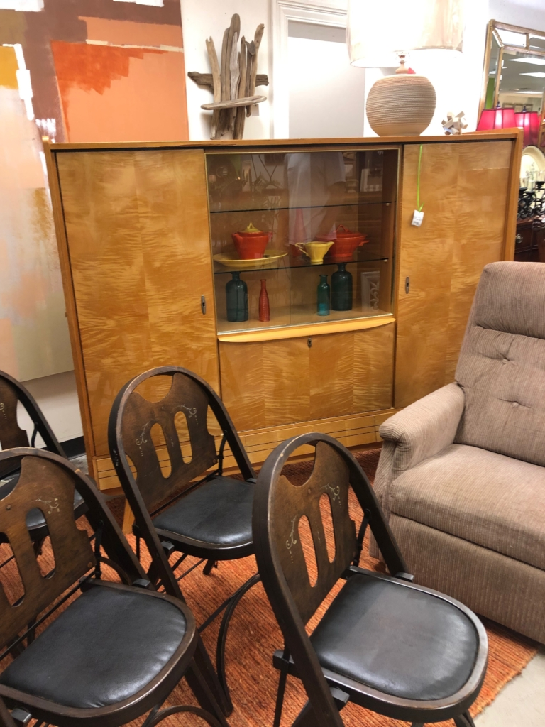 Quality Consignment Furniture And Home Decor Eyedia Shop